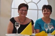 Monika Binder und Angela Pfletschinger von der Geschäftsstelle in Dietenheim