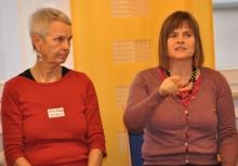 Barbara Evers und Cornelia Wecke berichten vom Zeitungsbeirat.